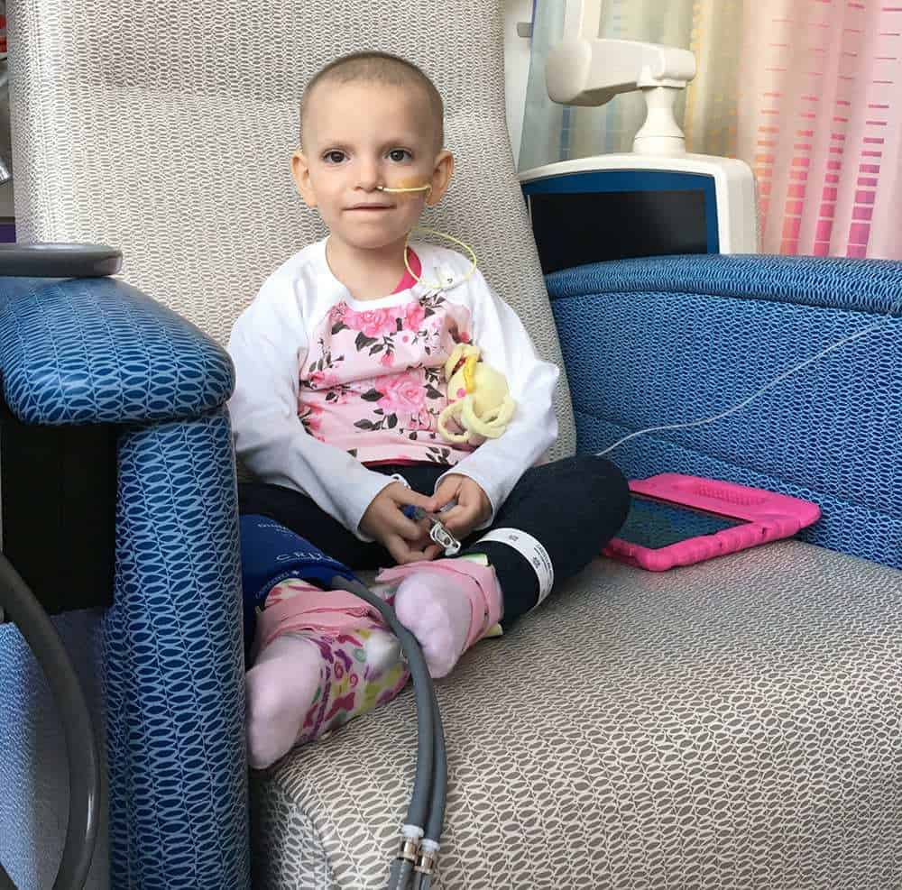 how to help a family with a child with cancer