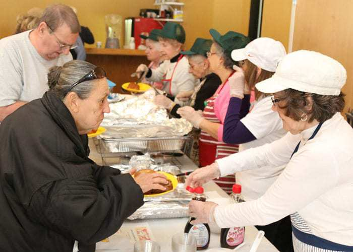 Jackson Soup Kitchen Feeds Hungry