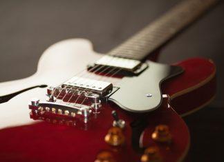 Guitar. (File photo)