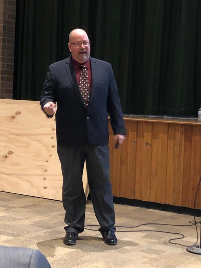 Detective David Brubaker of the High Tech Crimes Unit Ocean County Prosecutor's Office gave a presentation on internet safety. (Photo by Judy Smestad-Nunn)