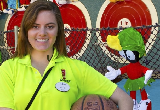Six Flags Great Adventure is looking for 4,000 employees for its 2019 season. (Photo courtesy Six Flags Great Adventure)