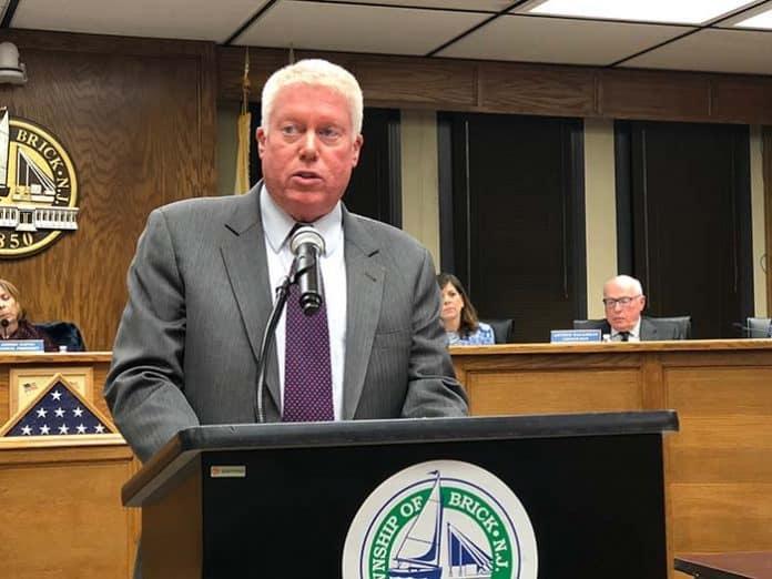 Mayor John G. Ducey gives his budget presentation. (Photo by Judy Smestad-Nunn)