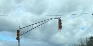 Traffic lights were out on Route 37 in Manchester Monday morning. (Photo by Jason Allentoff)