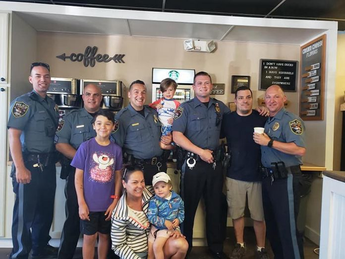 Coffee with a Cop. (Photo courtesy Brick Police)