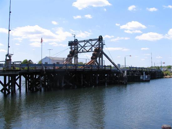 Glimmer Glass Bridge. (Photo courtesy Monmouth County)